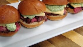 Superbowl Recipe – Tri-Tip Sliders on the Pit Barrel Cooker